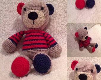 Crochet teddy bear toy