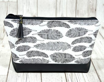 Large Makeup bag, makeup storage bag, Leather makeup bag, Leather cosmetic bag, Zipper pouch make up storage,Toiletry bag women fabric pouch