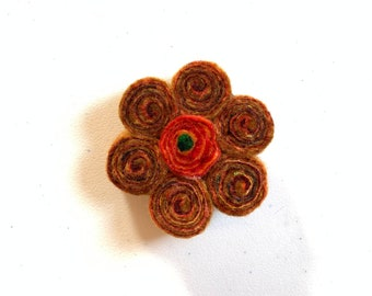 Felt swirl brooch