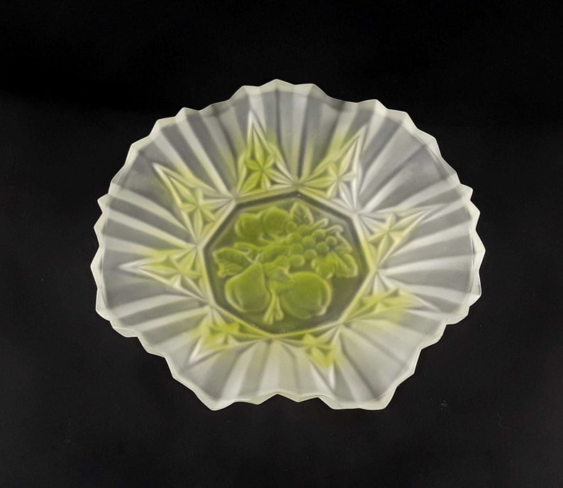 Federal Glass Ruffled Edge Bowl Pioneer Frosted Two Tone Green image 0