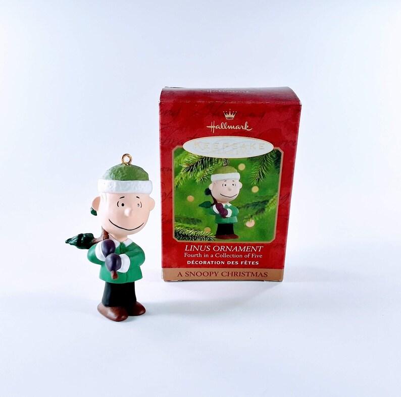 Hallmark Keepsake Christmas Ornament Linus A Snoopy Christmas image 0