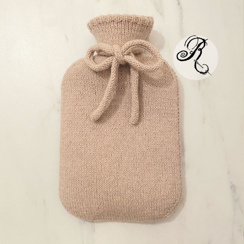Pure Cashmere Hot Water Bottle with decorative bow  Hand image 0
