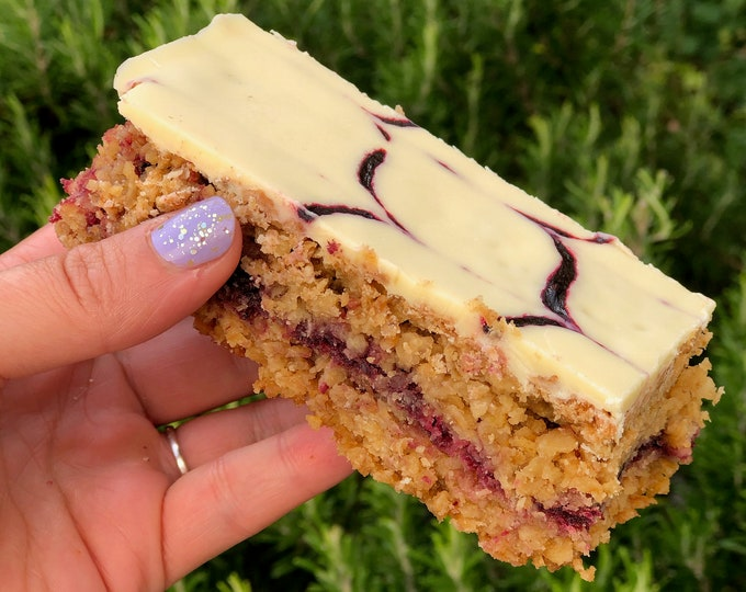 Blackberry and White chocolate flapjacks