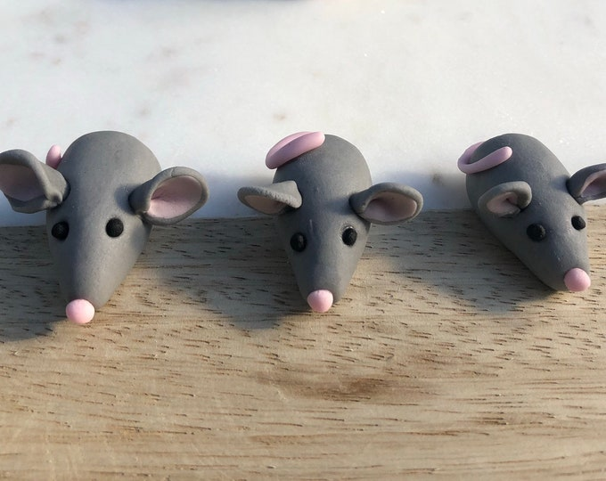 Mice cake toppers - edible cake decorations