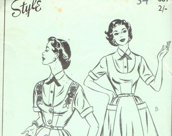 UNCUT Factory Folded Sewing Pattern Style 681 Bust 34'' Ladies Women's Misses New Look Fifties Dress Pinafore Style