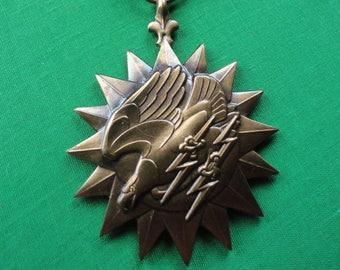 Vintage WW2 Air Medal