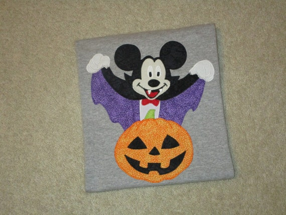 3a66b5b07550d Vampire MiCKeY MouSe Pumpkin HALLOWEEN Custom Boutique T SHIRT Tee Holiday  Vacation Costume Treat Bag