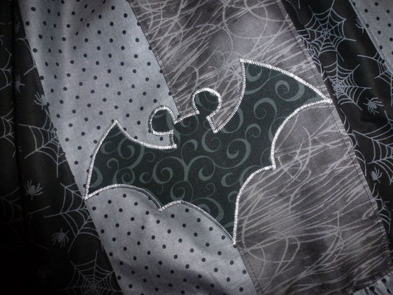 24bebef4de56a MiCKeY MouSe Vampire BaT HALLOWEEN Custom Boutique T SHIRT Tee Holiday  Vacation
