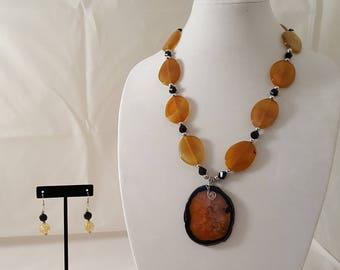 Yellow Stone Slice Pendant Necklace - Yellow Stone Necklace - Yellow Pendant Necklace - Yellow Jewelry Set - Black Necklace - Black - Yellow