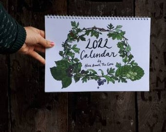 2022 Wall Calendar by Alice Draws The Line a year full of seasonal botanical studies, inspired by the local hedgerows and beyond