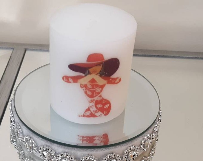 Delta Lady Red Hat Wax Candle, Delta Candle Sigma Theta Sorority Candle, logo candle, personalized candle, birthday gift, anniversary gift