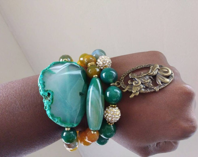 Ladies Yellow & Green Faceted Agate Gemstone Chunky Ladies stretch Bracelet Trio Stack with Bronze Lady charm. Healing Bracelet.