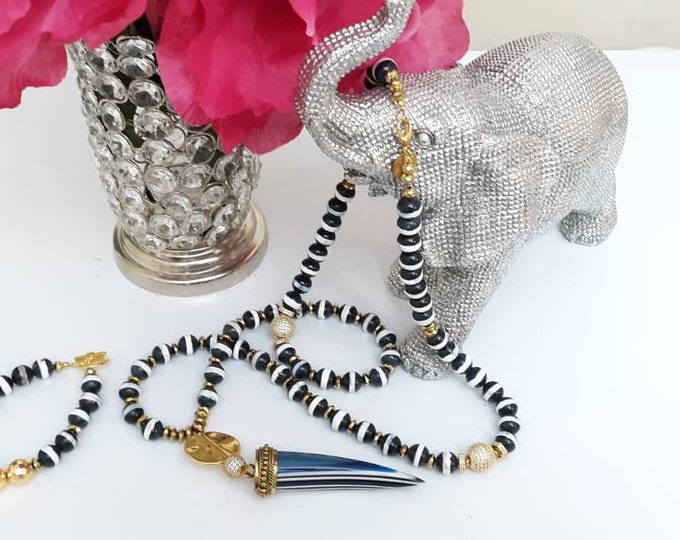 Long Bone Horn Tusk Midnight Blue Stripe Tibetan Necklace with toggle clasp & matching bracelet, statement necklace, bohemian necklace