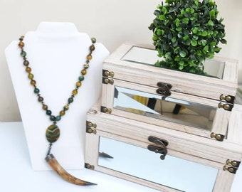 Long Bone Horn Tusk Green & Yellow Agate Gemstone necklace, bohemian horn necklace