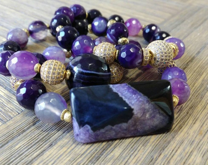 Purple Agate & Gold Pace Beaded Bracelet Stack of 3.