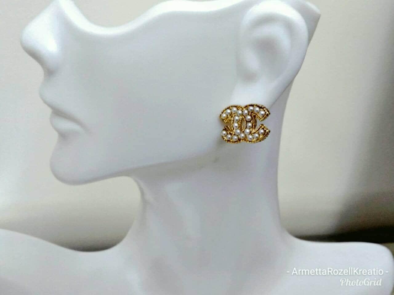 Designer Inspired Ladies Small Pearl gold Stud Earrings, anniversary ...