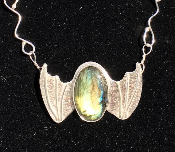 Rhaegal ....... Sterling Silver Labradorite  Dragon Necklace