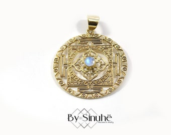 SHREE YANTRA gemstone medallion, Brass pendant, Chakras, Sri yantra symbol, Men necklace, Golde jewelry, Mystic jewelry, Kabbala, Tibetan