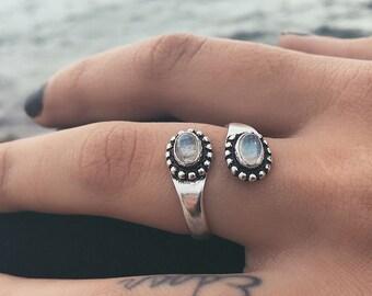 Horizontal Ring Anniversary Gift Women Ring Handmade Ring Solid Silver Ring Silver Band Silver Moonstone Ring Blue Flash Gemstone Ring