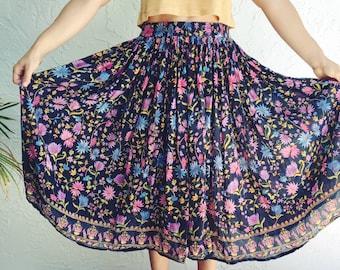 Vintage 1980s Boho Floral Skirt Cotton Skirt Flare Skirt Gypsy Bohemian Skirt Medium Floral Boho Skirt Circle Skirt