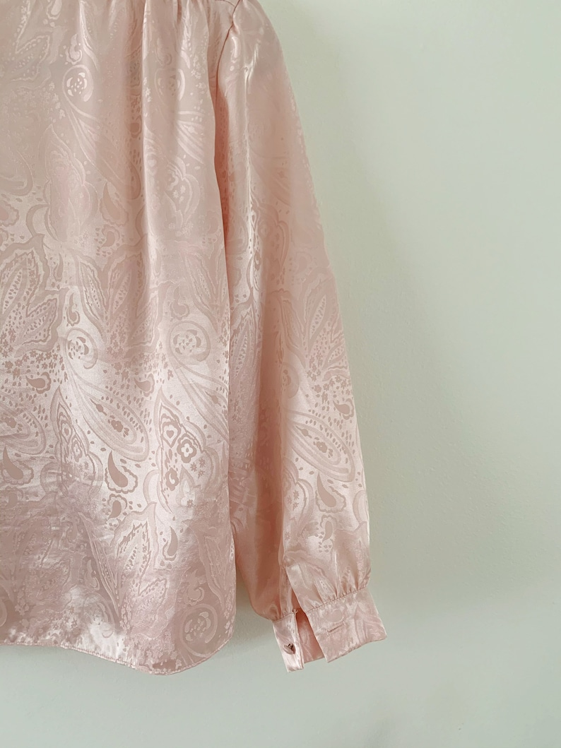 80s pastel pink top 1980s pale pink long sleeve blouse pink paisley top SM Vintage 1980s baby pink button down satin blouse by Prophecy