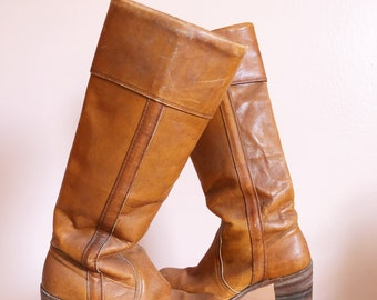 Vintage 70s leather camel knee high boots/ 1970s hippie boots/ festival boots/ frye
