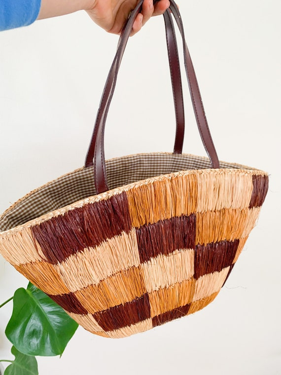 Vintage brown woven bucket bag / vintage 90s straw