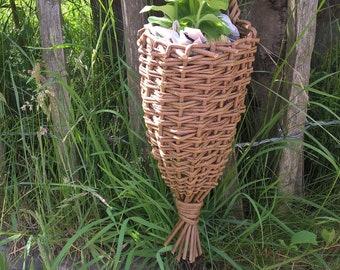 Wall Hanging Basket