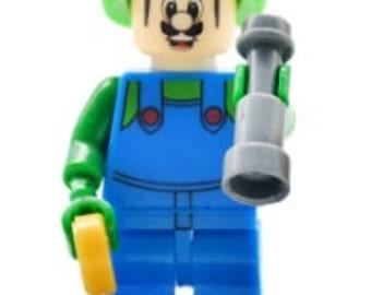 LUIGI (Super Mario Bros.) Custom Minifigure 100% Lego Compatible! Nintendo