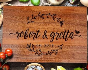 Personalized Cutting Board, Custom cutting Board, Chopping Block Wedding Monogram, Closing gift, Wedding gift (209)