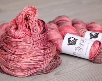 Raspberries Hand Dyed Yarn, Merino DELUXE Wool 70, Silk 20, Cashmere 10, bordeaux, gray, red,  Fingering Weight, Knitting Supplies
