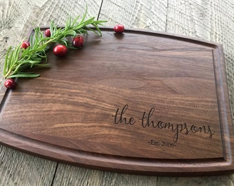 Custom Cutting Board, Personalized Cutting Board, Engraved Cutting Board, Christmas Gift, Wedding Gift, Walnut, Maple