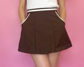 Vintage 80s 70s Brown and White High Waisted Flare Skirt
