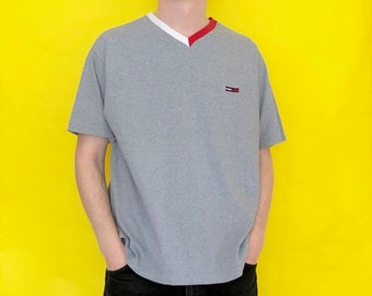 15d4bd7c8 Vintage 90s Tommy Hilfiger Gray Short Sleeve T-Shirt