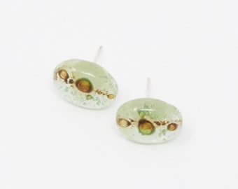 Kusa - Fused Glass Stud Earring
