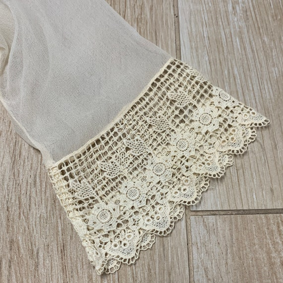 Early 1900s Sheer Blouse Top Ruffled Lace Collar … - image 9