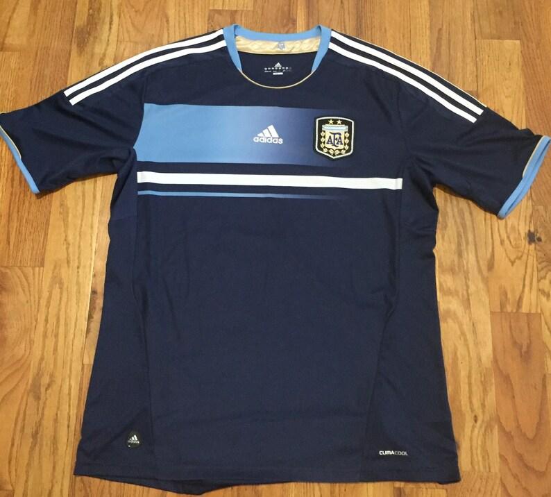 official photos 8a22d a7378 Argentina FIFA World Cup Soccer Jersey XL Messi Aguero