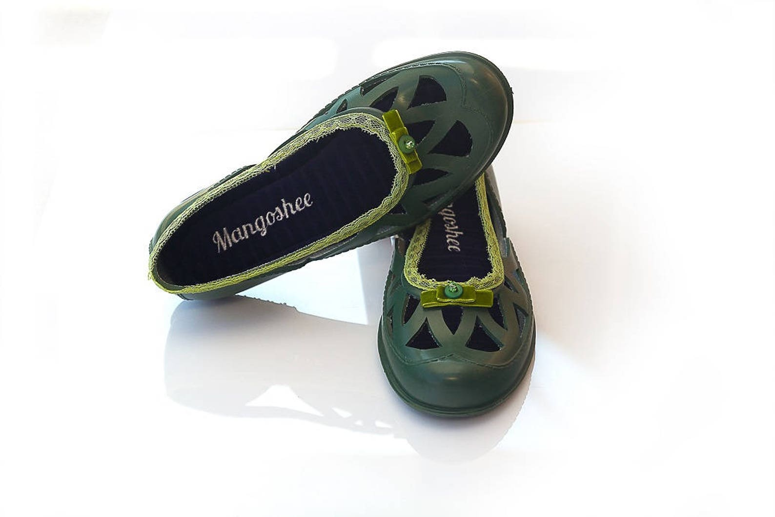 barefoot shoes, green shoes, summer shoes, flat shoes, soft shoes, ballet flats, slip in shoes, retro shoes, bead shoes, rubber