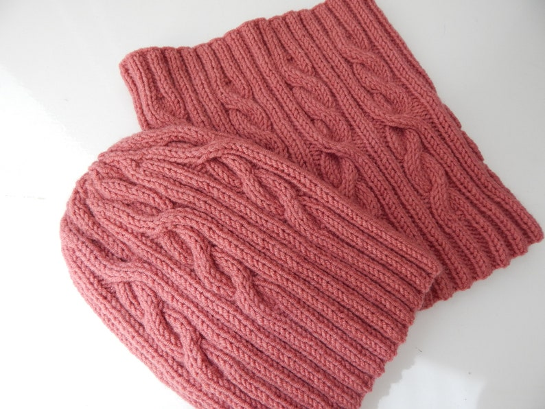 women/'s hat Knitted dusty rose wool hat and cowl women/'s winter set knitted snood knitted neck warmer tea rose set knitted pink set