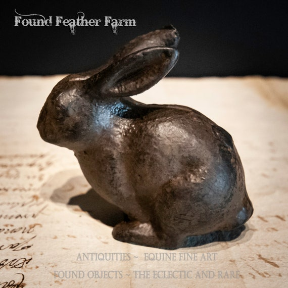 Small Vintage Cast Iron Bunny Paperweight