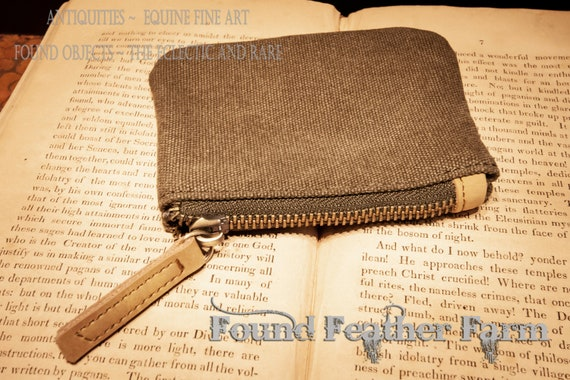 Little Zippered Essential Twill Pouch