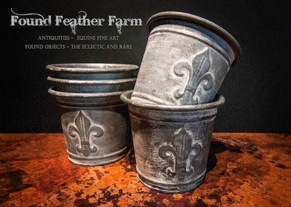 Vintage Inspired Zinc Finished Metal Fleur de Lis Flower Pot