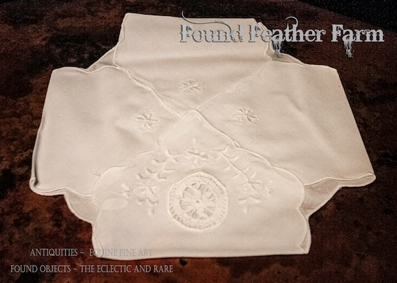 White Cutwork Embroidered Princess Grace Lace Bun Warmer