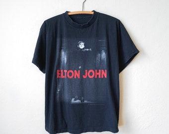 c9e2cd54 Vintage 1997 Elton John T-Shirt
