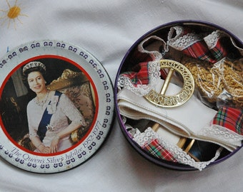 Vintage sewing kit in round metal commemoration tin - Queen Elizabeth II Silver Jubilee 1952 -1977