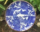1800s Igezara Charger 区割 Kuwari 染付 Sometsuke Inbande Tojin-mon Chinese People Pine 花王 Kaou Pioen Peony Dish Porcelain Floral Plate Signed