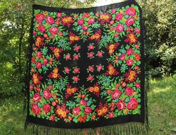 Vintage Large Black Wool Shawl Ukrainian Hustka Fl
