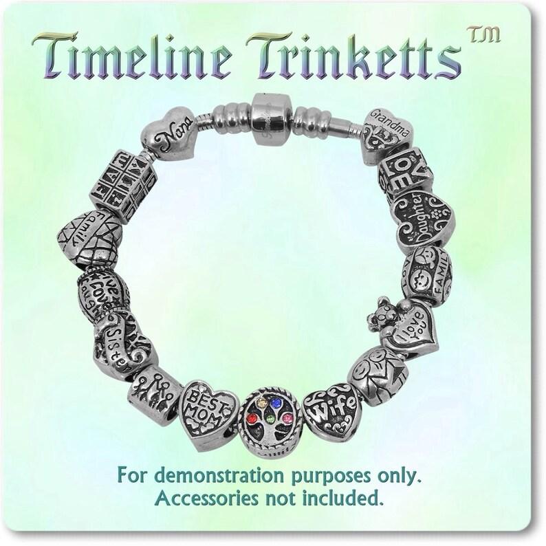 d9ec4b607992 Línea de tiempo tesoros Timeline Trinketts familia amor perlas
