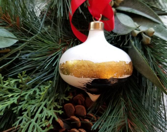 Hand painted curvy ceramic retro ornament - Black and Gold 7