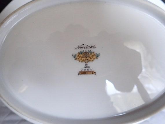 Gold Trim Noritake Violette 10 Round Vegetable Bowl Violet Rim /& Center Gold Ring